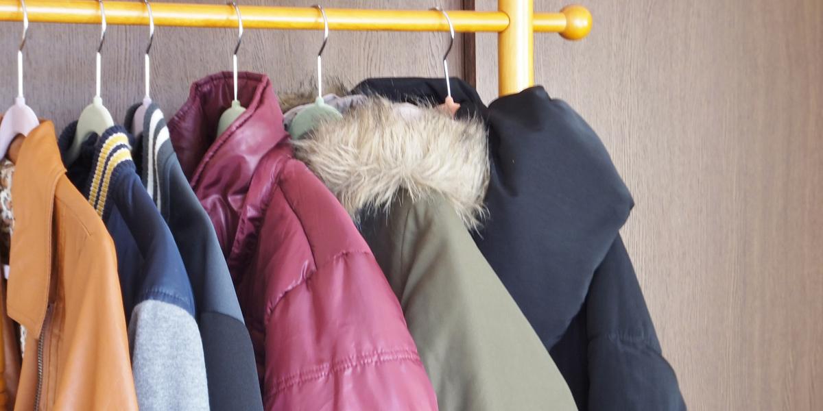コートとダウンジャケット