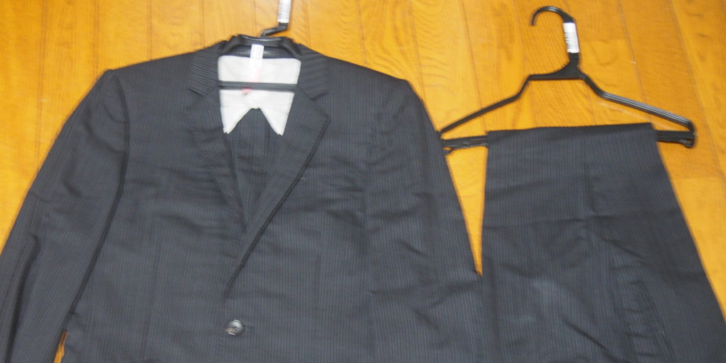 リナビスのクリーニングに出したスーツ